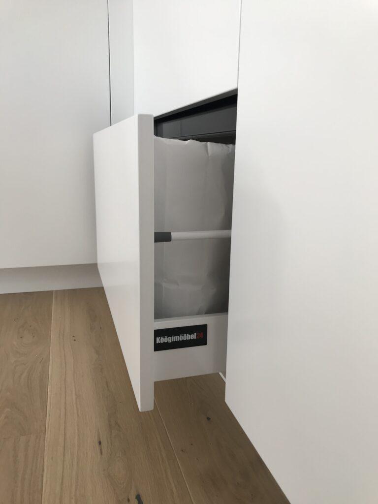 Valmis köögimööbel - 3