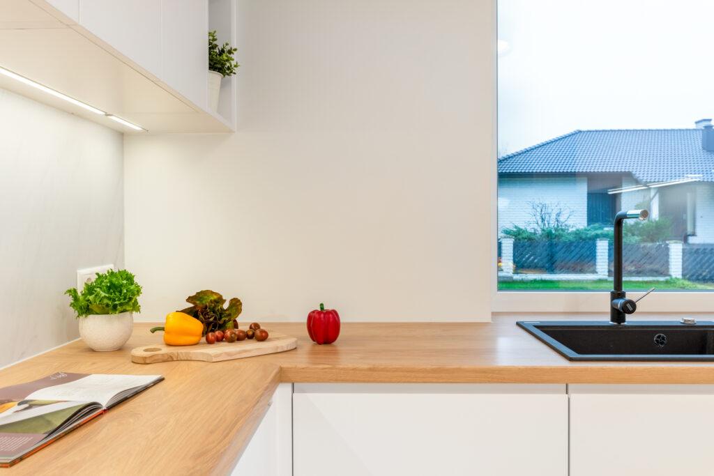 valge köögimööbel 8